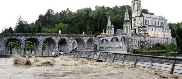 la crue de 2013 à Lourdes
